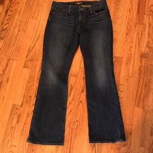 lucky brand boot cut jeans.